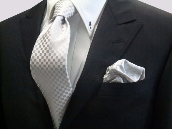 ネクタイ・ポケットチーフセット【シルバーグレー結婚式用 市松模様ネクタイ&チーフ