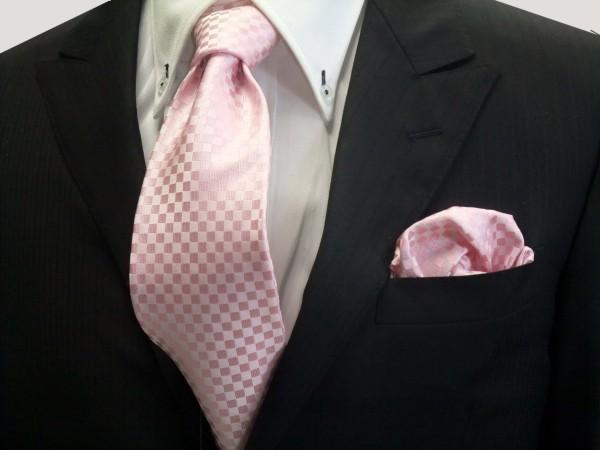 ネクタイ・チーフセット【ピンク 市松模様ネクタイ&ポケットチーフセット】