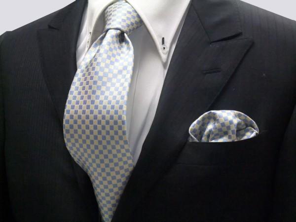 ネクタイ・チーフセット【水色(サックスブルー)×レモン色の市松模様ネクタイ&ポケットチーフセット】