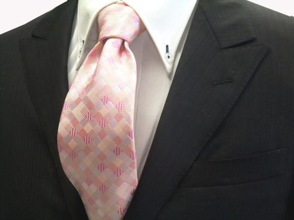 ネクタイ【ピンクのグラデーション(4色)の市松模様ネクタイ】