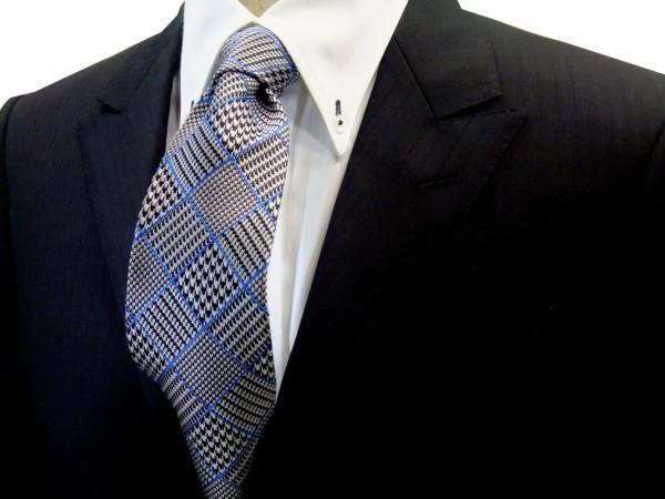 ネクタイ【白と黒のグレンチェックにブルーの縁どりのネクタイ】