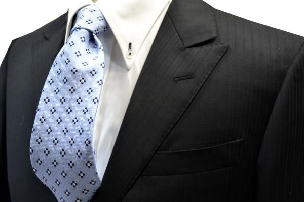 ネクタイ【水色の織柄地に紺と白の小紋柄ネクタイ】