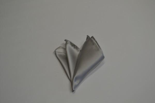 ポケットチーフ【シルバーの無地(ツルーンとした)ポケットチーフ】