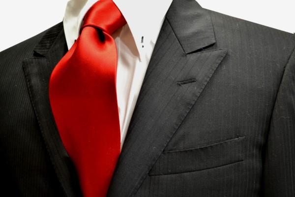 ネクタイ【綺麗な赤のネクタイ】