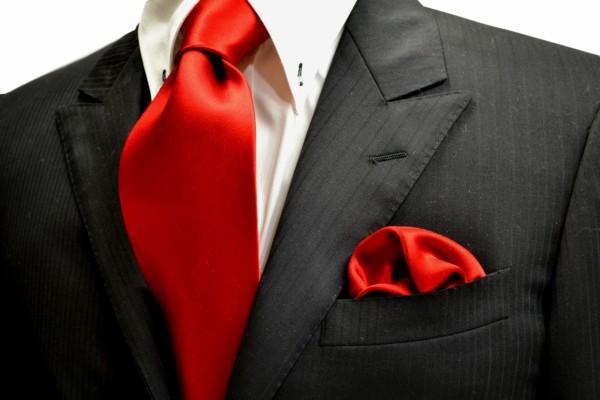 ネクタイ・ポケットチーフセット【綺麗な赤のネクタイ&ポケットチーフセット】