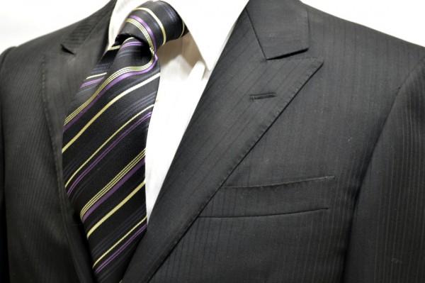 ネクタイ【ブラック地に織柄のブラックと紫と生成のストライプネクタイ】