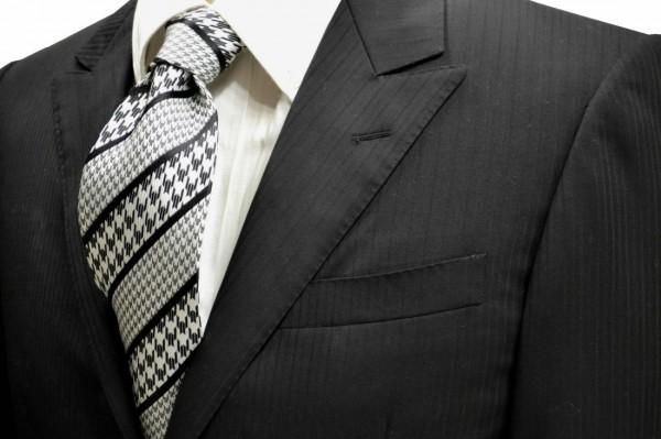 ネクタイ【黒と白の大小の千鳥格子ストライプネクタイ】