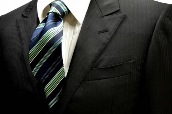ネクタイ【紺地にグリーンの濃淡と白のストライプネクタイ】
