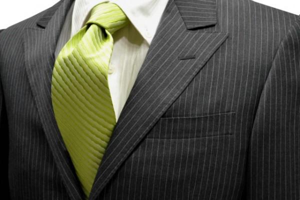 ネクタイ【黄緑(濃いアップルグリーン)の変形ストライプ・無地ネクタイ】