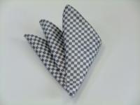ポケットチーフ【ホワイト(白)×シルバーグレー市松模様ポケットチーフ】