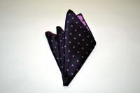 ポケットチーフ【濃い紫地に濃いピンクのドット(水玉)柄ポケットチーフ】