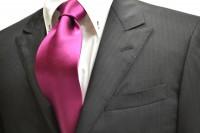 ネクタイ【濃いローズピンク(少し紫かかった)ネクタイ】