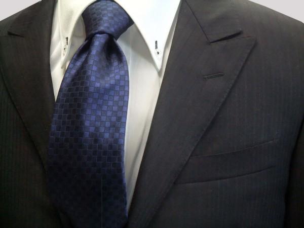 ネクタイ【紺色(ネイビー)市松模様ネクタイ】
