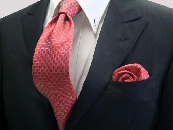 ネクタイ・ポケットチーフセット【レッド(赤)市松模様ネクタイ&ポケットチーフセット】