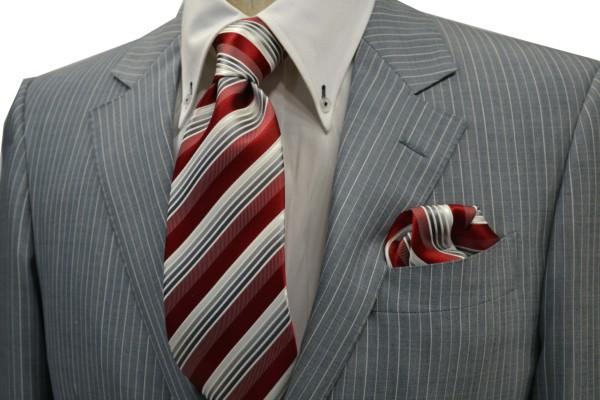 ネクタイ・ポケットチーフセット【赤(レッド)地にグレーのグラデーションネクタイ&ポケットチーフセット】