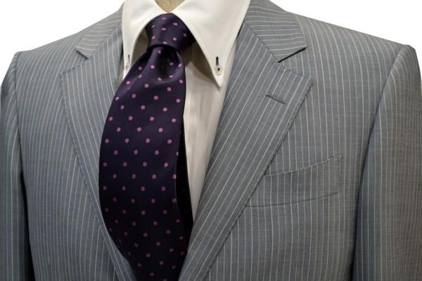 ネクタイ【濃い紫地に濃いピンクのドット5mm(水玉)柄シルクサテンネクタイ】