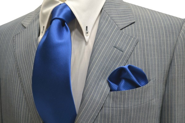ネクタイ・ポケットチーフセット【ブルー(青)のソリッド(無地)ネクタイ&チーフセット】