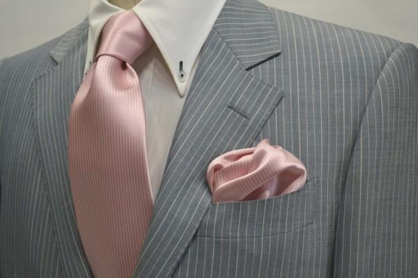 ネクタイ・ポケットチーフセット【淡いピンクソリッド(無地)ネクタイ&チーフセット】