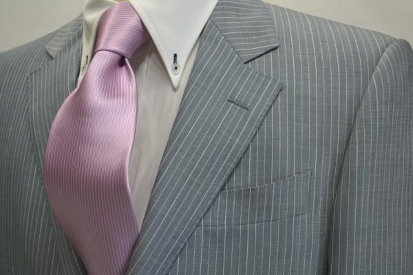 定番・市松模様 ネクタイ【少しラベンダーかかったピンクのソリッド(無地)ネクタイ】