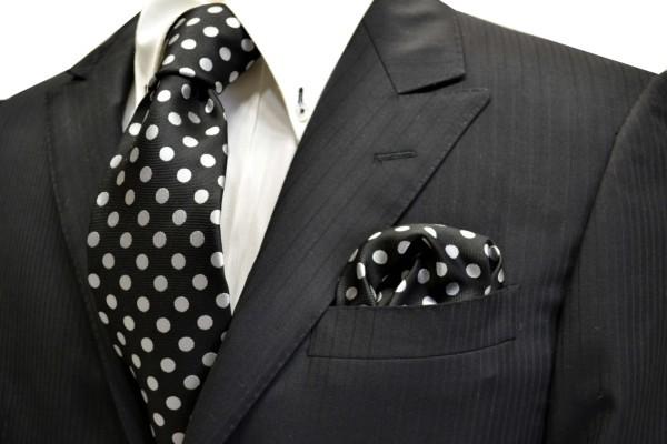 ネクタイ・ポケットチーフセット【黒(ブラック)地に白(少しシルバーぽい)のドット5mm柄ネクタイ&ポケットチーフセット】