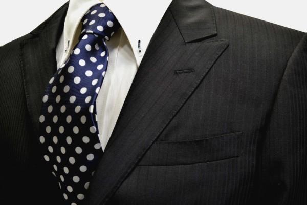 定番・市松模様 ネクタイ【ネイビー(紺)地に白のドット8mm柄ネクタイ(シルバーぽいです) 】