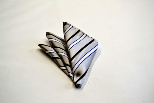 ポケットチーフ【シルバー地にブルーと白とネイビーのストライプポケットチーフ】