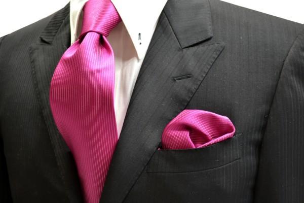 ネクタイ・ポケットチーフセット【濃いローズピンクのソリッド(無地)ネクタイ&チーフセット】