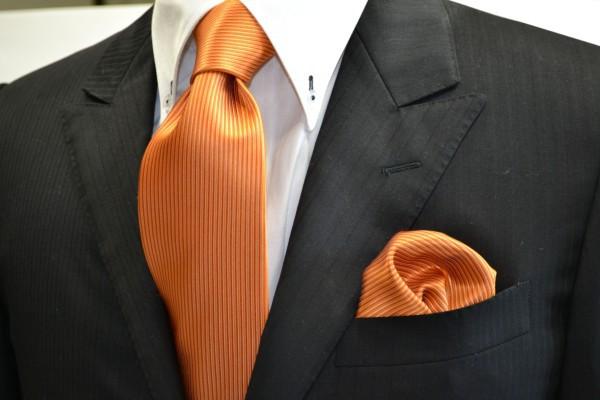 ネクタイ・チーフセット【オレンジ(濃い)ソリッド無地ネクタイ&ポケットチーフセット】