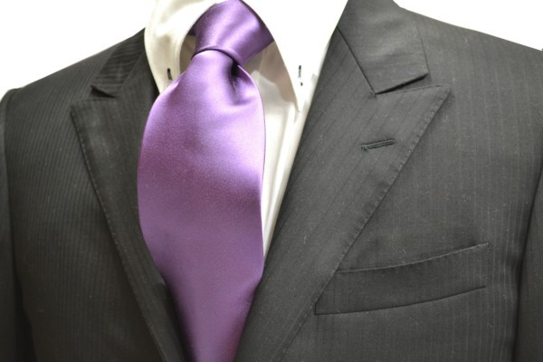 ネクタイ【紫(濃いラベンダー)のネクタイ】