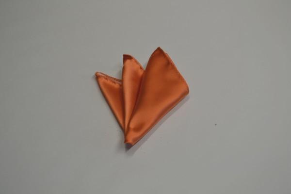 ポケットチーフ【鮮やかなオレンジのポケットチーフ】