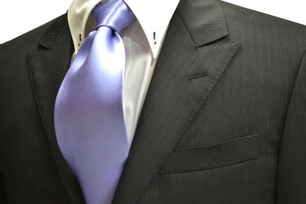 ネクタイ【濃い水色(ラベンダーがかった)のネクタイ】