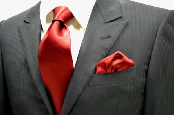 ネクタイ・ポケットチーフセット【ワインレッドのサテン・無地ネクタイ・チーフセット】