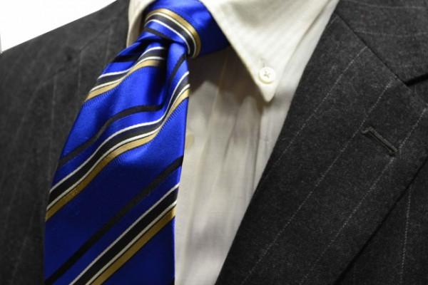 定番・市松模様 ネクタイ【ブルー地にゴールド、シルバー、ブラックのストライプネクタイ】