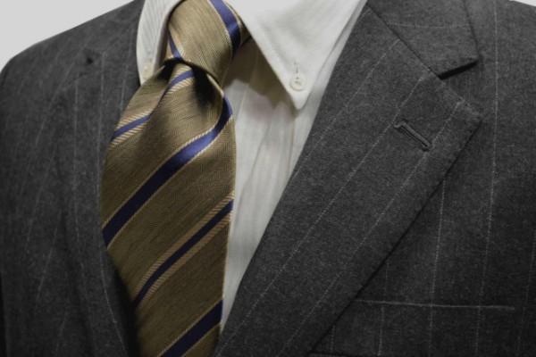 定番・市松模様 ネクタイ【濃いベージュ地にネイビーとベージユのストライプネクタイ】