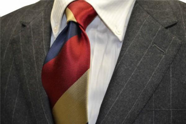 定番・市松模様 ネクタイ【ゴールド、レッド、ネイビーのストライプネクタイ】