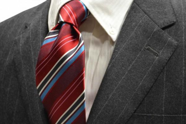 定番・市松模様 ネクタイ【レッド地に、ブルー、チャコールグレー、ホワイト、ピンクのストライプネクタイ 】
