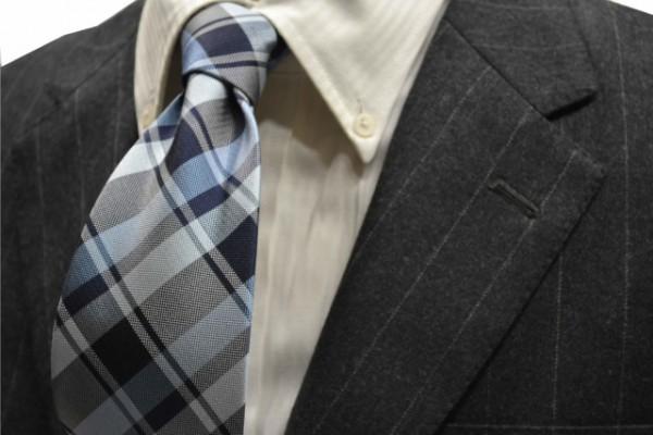 定番・市松模様 ネクタイ【紺、ブルーのヤスラ織りストライプネクタイ】