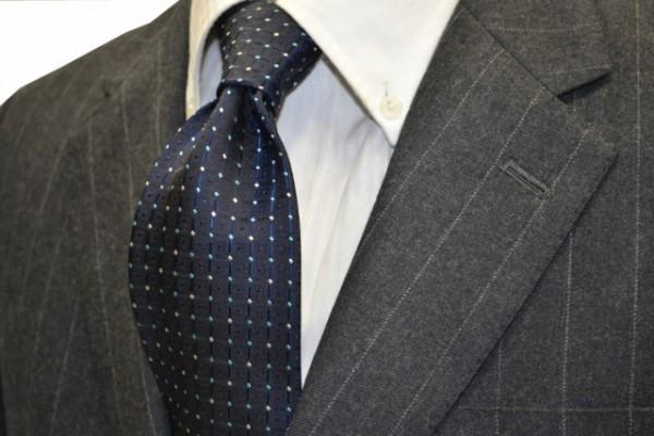 ネクタイ【ネイビー(紺)地に、水色、グリーン、シルバーの小紋柄ネクタイ 】