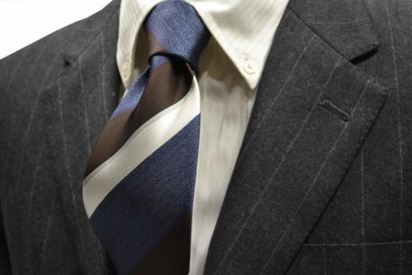 定番・市松模様 ネクタイ【ブルー、茶、シルバー、ホワイトのストライプネクタイ(ミックス調)】