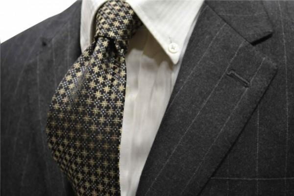 ネクタイ【ネイビー(紺)地に、ベージュの小紋柄ネクタイ  】