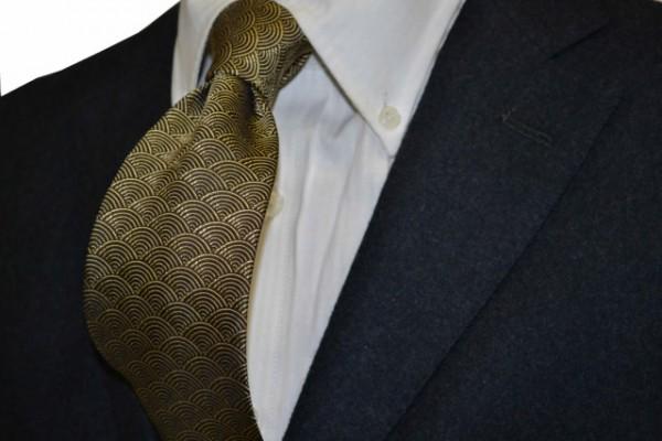 ネクタイ【ゴールド、茶の青海波(せいがいは)小紋柄ネクタイ】